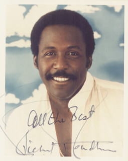 RICHARD ROUNDTREE - AUTOGRAPHED SIGNED PHOTOGRAPH