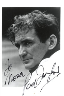 ROD TAYLOR - AUTOGRAPHED INSCRIBED PHOTOGRAPH