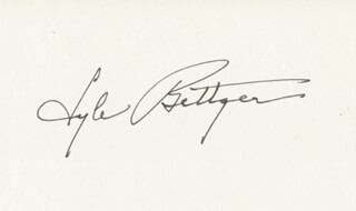 LYLE BETTGER - AUTOGRAPH