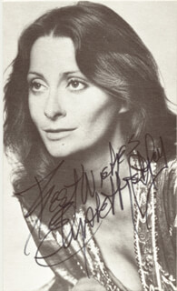 ELIZABETH ASHLEY - AUTOGRAPHED SIGNED PHOTOGRAPH