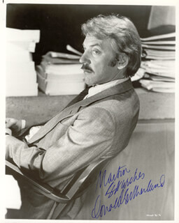 DONALD SUTHERLAND - AUTOGRAPHED INSCRIBED PHOTOGRAPH