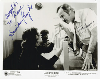 ALEX AND THE GYPSY MOVIE CAST - INSCRIBED PRINTED PHOTOGRAPH SIGNED IN INK 10/1985 CO-SIGNED BY: GENEVIEVE BUJOLD, JACK LEMMON