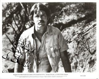 TOM SKERRITT - AUTOGRAPHED INSCRIBED PHOTOGRAPH