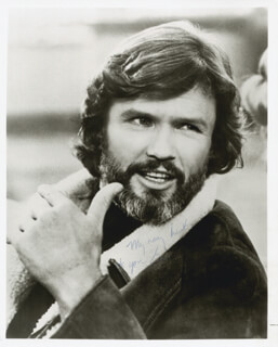 KRIS KRISTOFFERSON - AUTOGRAPHED INSCRIBED PHOTOGRAPH