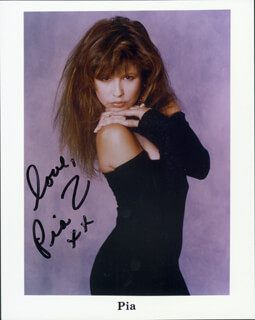PIA ZADORA - PRINTED PHOTOGRAPH SIGNED IN INK