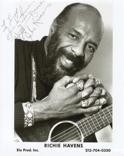 RICHIE HAVENS - AUTOGRAPHED INSCRIBED PHOTOGRAPH