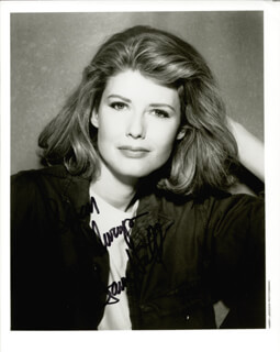 Autographs: FAWN HALL - INSCRIBED PHOTOGRAPH SIGNED
