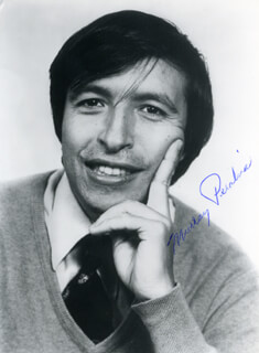 MURRAY PERAHIA - AUTOGRAPHED SIGNED PHOTOGRAPH