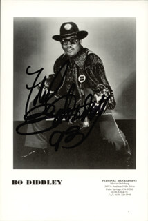 BO DIDDLEY - AUTOGRAPHED INSCRIBED PHOTOGRAPH 1993