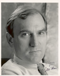 Autographs: ELLIOTT ABRAMS - INSCRIBED PHOTOGRAPH SIGNED