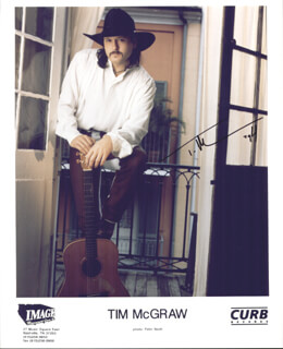 TIM McGRAW - AUTOGRAPHED SIGNED PHOTOGRAPH 1994