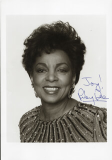 RUBY DEE - AUTOGRAPHED SIGNED PHOTOGRAPH