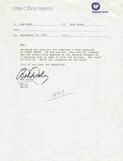Autographs: ROBERT DALEY - MEMORANDUM SIGNED 09/25/1975
