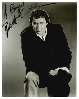 ROBERT URICH - AUTOGRAPHED SIGNED PHOTOGRAPH
