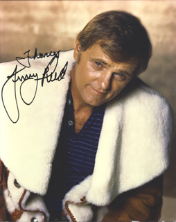 JERRY REED - AUTOGRAPHED INSCRIBED PHOTOGRAPH