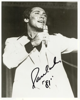 Autographs: PAUL ANKA - PHOTOGRAPH SIGNED 1981