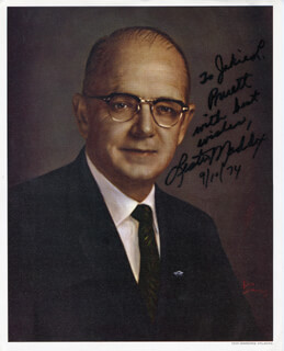 GOVERNOR LESTER G. MADDOX - AUTOGRAPHED SIGNED PHOTOGRAPH 09/10/1974