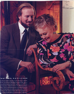 WILLIAM HURT - MAGAZINE PHOTOGRAPH SIGNED CO-SIGNED BY: OLIVIA DE HAVILLAND