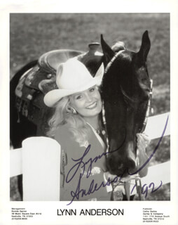 LYNN ANDERSON - INSCRIBED PRINTED PHOTOGRAPH SIGNED IN INK 1992