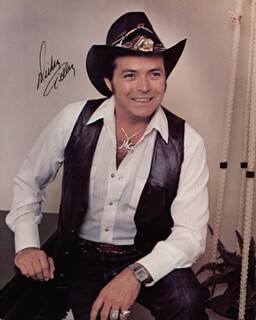 MICKEY GILLEY - AUTOGRAPHED SIGNED PHOTOGRAPH