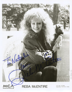 REBA McENTIRE - INSCRIBED PRINTED PHOTOGRAPH SIGNED IN INK