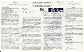 LUBOS KOHOUTEK - COMMEMORATIVE SHEET WITH FIRST DAY CANCELLATION CIRCA 1967 CO-SIGNED BY: JAMES A. VAN ALLEN, CLYDE WILLIAM TOMBAUGH