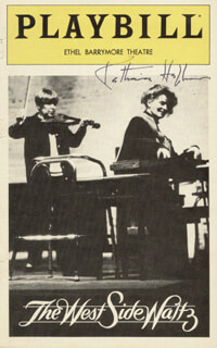 Autographs: KATHARINE HEPBURN - SHOW BILL COVER SIGNED
