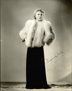 VIRGINIA VALE - AUTOGRAPHED SIGNED PHOTOGRAPH 1940