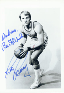 Autographs: RICK BARRY - PHOTOGRAPH SIGNED