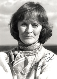VIRGINIA McKENNA - AUTOGRAPHED SIGNED PHOTOGRAPH