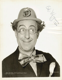 ED WYNN - AUTOGRAPHED SIGNED PHOTOGRAPH 1936