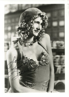 LAURA DERN - AUTOGRAPHED SIGNED PHOTOGRAPH