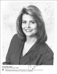 CATHERINE CRIER - AUTOGRAPHED SIGNED PHOTOGRAPH