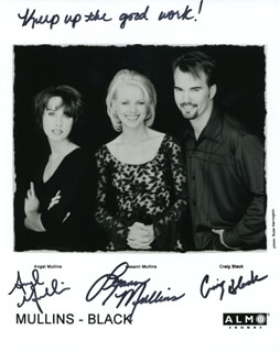 MULLINS-BLACK - AUTOGRAPHED SIGNED PHOTOGRAPH CO-SIGNED BY: MULLINS-BLACK (CRAIG BLACK), MULLINS-BLACK (ANGEL MULLINS), MULLINS-BLACK (LEEANN MULLINS)