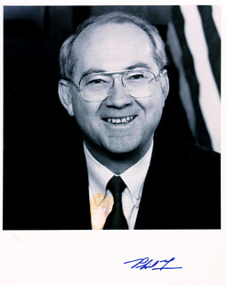 PHIL GRAMM - AUTOGRAPHED SIGNED PHOTOGRAPH