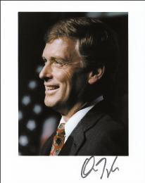VICE PRESIDENT DAN (JAMES DANFORTH) QUAYLE - AUTOGRAPHED SIGNED PHOTOGRAPH