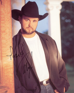 DARYLE SINGLETARY - AUTOGRAPHED SIGNED PHOTOGRAPH