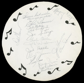 TED WEEMS ORCHESTRA - AUTOGRAPH CO-SIGNED BY: PERRY COMO, TED WEEMS ORCHESTRA (TED WEEMS), TED WEEMS ORCHESTRA (ELMO TANNER), TED WEEMS ORCHESTRA (PHILLIPS TED), TED WEEMS ORCHESTRA (PAT LEONARD), TED WEEMS ORCHESTRA (JOE STENGE), TED WEEMS ORCHESTRA (CHESTER MILLER), TED WEEMS ORCHESTRA (JOE WIEDMAN), TED WEEMS ORCHESTRA (JACK HALL), TED WEEMS ORCHESTRA (BOB HOOVEN), TED WEEMS ORCHESTRA (JIM SIMONON), TED WEEMS ORCHESTRA (BUD BLAIR), TED WEEMS ORCHESTRA (MARGERY DAYE), TED WEEMS ORCHESTRA (JOE HOOVEN), TED WEEMS ORCHESTRA (ORIN DOWNES)