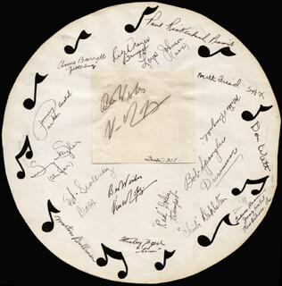 VINCENT LOPEZ - AUTOGRAPH SENTIMENT SIGNED CIRCA 1938 CO-SIGNED BY: SUNNY SKYLAR, BOB SPANGLER, DON WATT, MIKE RENGULLI, MILT FRIED, PAUL RICKENBACH, PENNY PARKER, RED DOLIN, ROGER MAJOR, LOYAL JOHNSON, CHILI DAHLETIN, WESLEY FOGEL, ED SWEENEY, MORTON BULLMAN, ANNE BARRETT