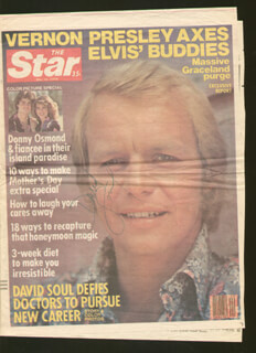 DAVID SOUL - NEWSPAPER PHOTOGRAPH SIGNED CIRCA 1978
