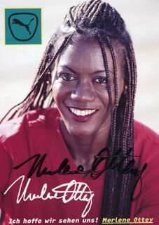 Autographs: MERLENE OTTEY - PICTURE POST CARD SIGNED