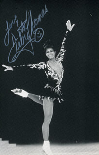 DEBI THOMAS - AUTOGRAPHED SIGNED PHOTOGRAPH