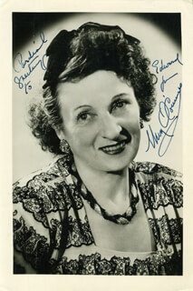 UNA O'CONNOR - AUTOGRAPHED SIGNED PHOTOGRAPH