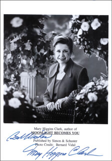 MARY HIGGINS CLARK - AUTOGRAPHED SIGNED PHOTOGRAPH