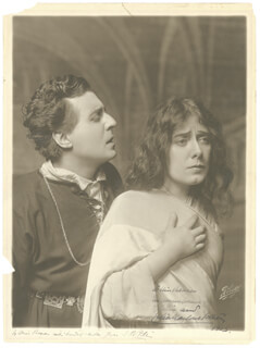 HAMLET PLAY CAST - AUTOGRAPHED INSCRIBED PHOTOGRAPH 1913 CO-SIGNED BY: JULIA MARLOWE, EDWARD H. SOTHERN