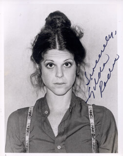 GILDA RADNER - AUTOGRAPHED SIGNED PHOTOGRAPH