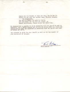Autographs: FRED ASTAIRE - DOCUMENT SIGNED 06/15/1943