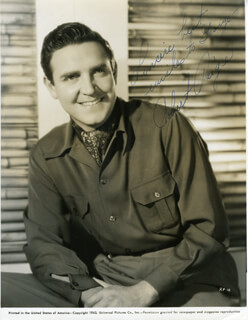 ROBERT DAVID CARLYLE PAIGE - AUTOGRAPHED SIGNED PHOTOGRAPH 1943