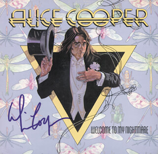 Autographs: ALICE COOPER - RECORD ALBUM COVER SIGNED