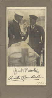 Autographs: PRIME MINISTER BENITO (IL DUCE) MUSSOLINI (ITALY) - PHOTOGRAPH MOUNT SIGNED 1926 CO-SIGNED BY: AUSTEN CHAMBERLAIN (ENGLAND)